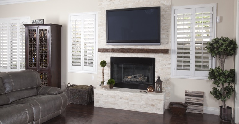 white shutters in Chicago family room